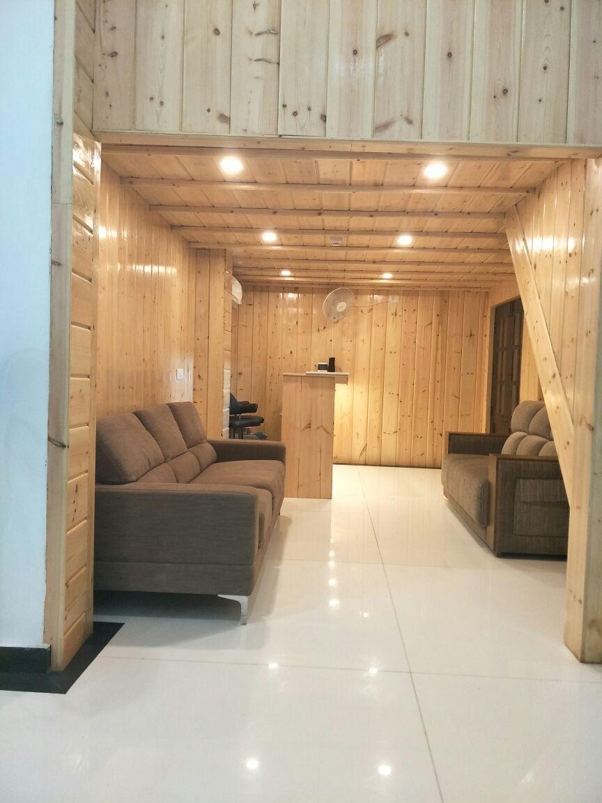 Reception Area, Marina Manor