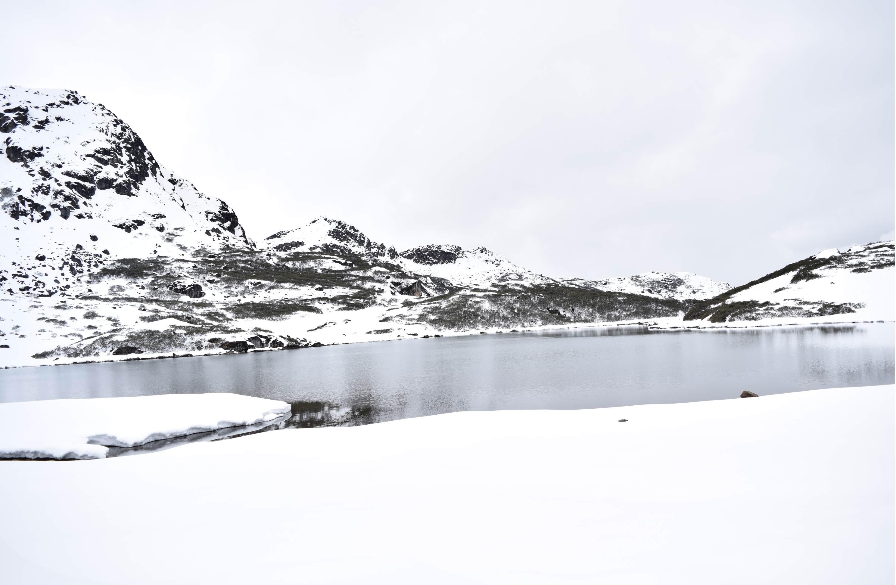 Lake on Sela Pass